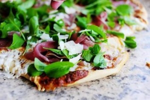 Pizza with fig